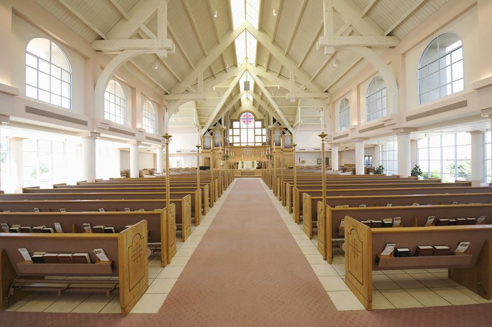 Entenda como calcular o som para igreja e melhorar a acústica
