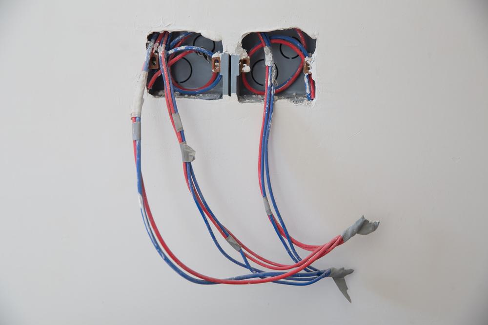 Você tem dificuldades para passar cabos pela parede nas suas instalações de som? Saiba como resolver!