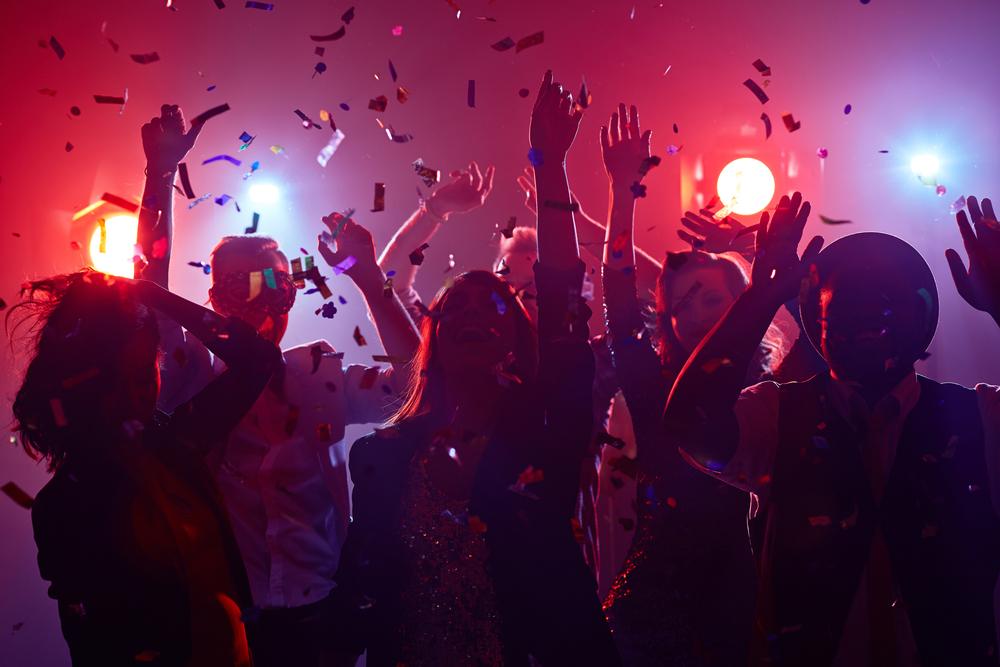 Porque e como investir em sonorização de festas no pós-pandemia para alavancar negócios